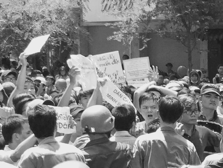 saigonprotest